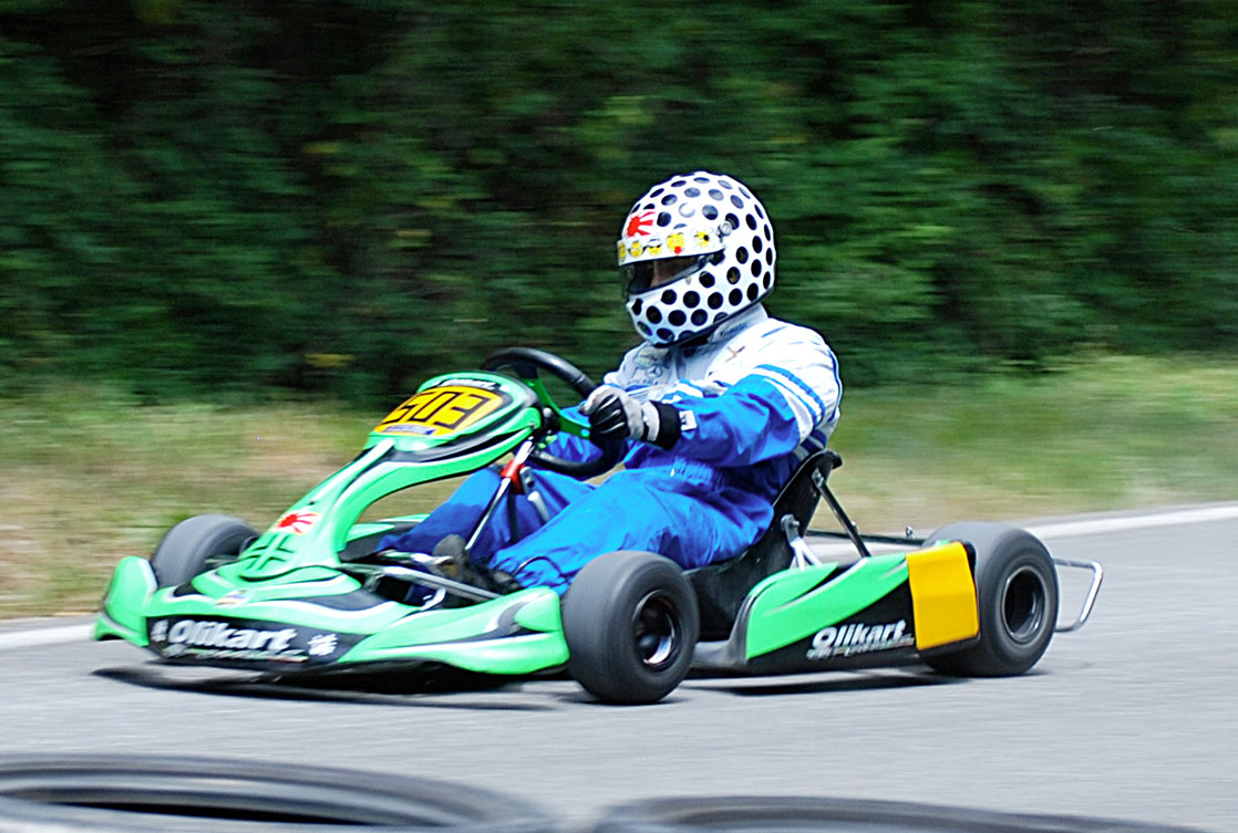 Kart Versus Kart One Kz Uphill And One With No Engine Downhill