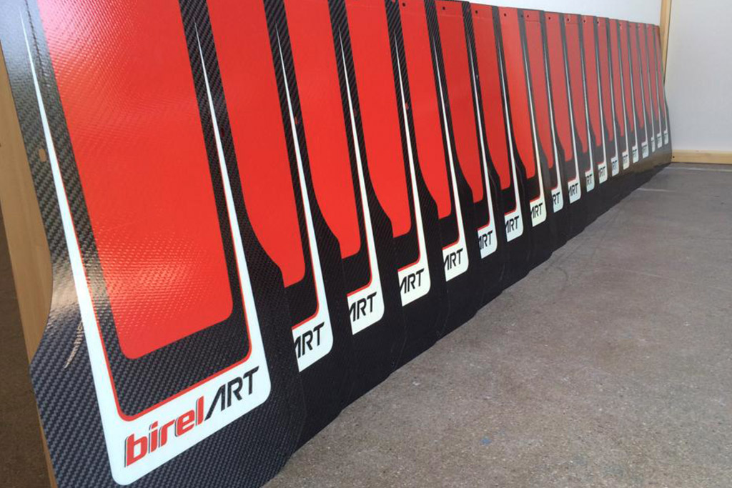 Carbon Floor Trays For Karts Details And Manufacturing