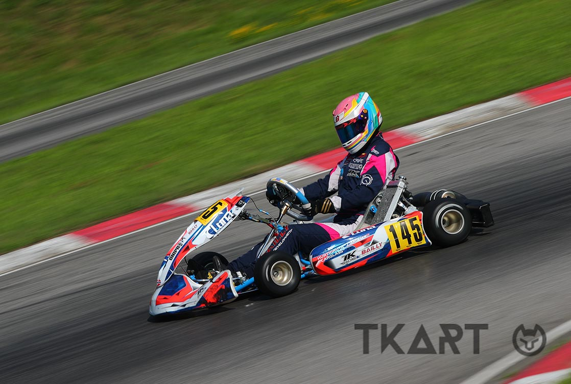 Injuries to the ribs while karting:how to treat and prevent them