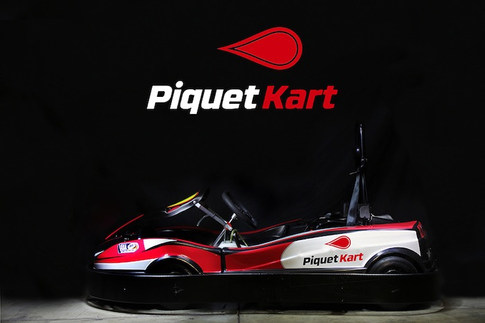 Piquet Kart listo para exhibir la alineación de Kart de alquiler en SKUSA SuperNationals