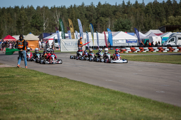 Blue Shock Race alimenterà il campionato di kart elettrico lettone con energia solare